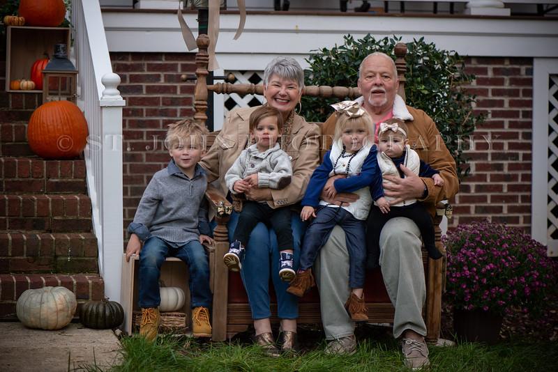 2019 November Ellis Family-244-139.jpg