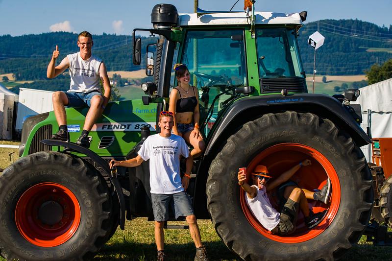 Tractor Pulling 2015-01581.jpg