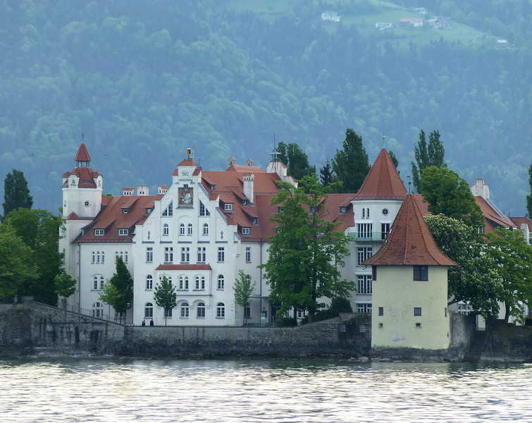 Day4-Lake Constance house.jpg
