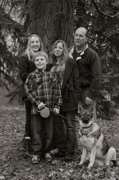 Konwisarz Family_FHR-9149.jpg