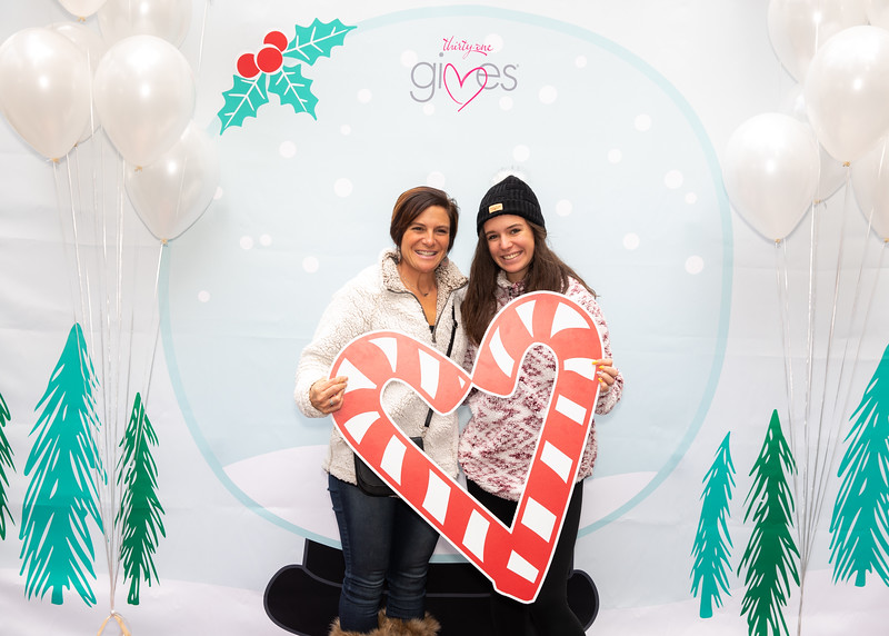 November 2018_Gives_Holiday Open House-5060.jpg