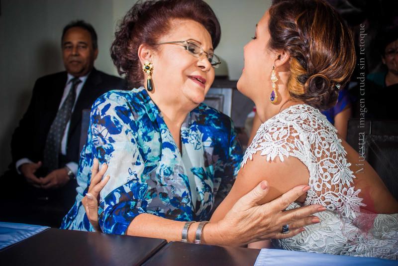 IMG_0324 September 27, 2014 Wedding Day Laura y Giovanny.jpg