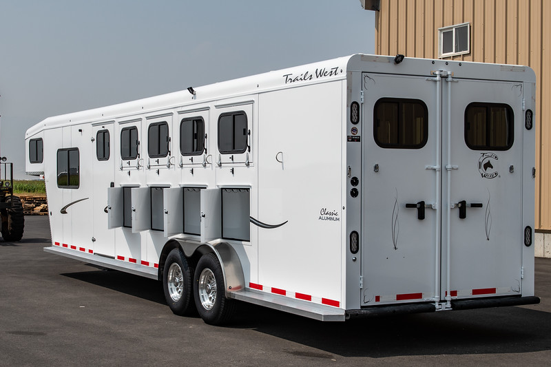 2019 TW Horse Trailers & Tack Rooms-146.jpg