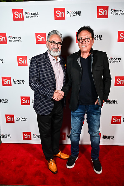 2019TLS_Cocktail_Party_374.JPG