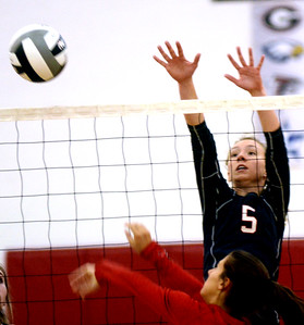 Edgewood and Perry volleyball sectionals October 16, 2018