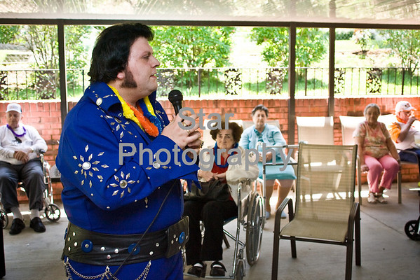 Elvis at Ivy Hall (05-12-09)