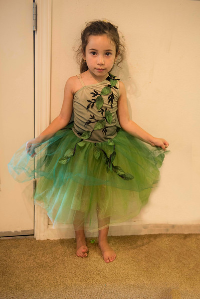 Eliana in green 2.jpg