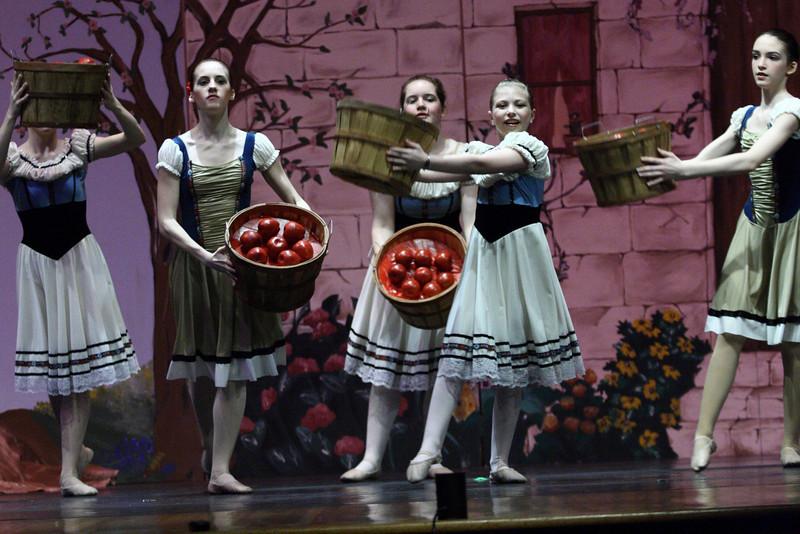 dance_050209_320.jpg