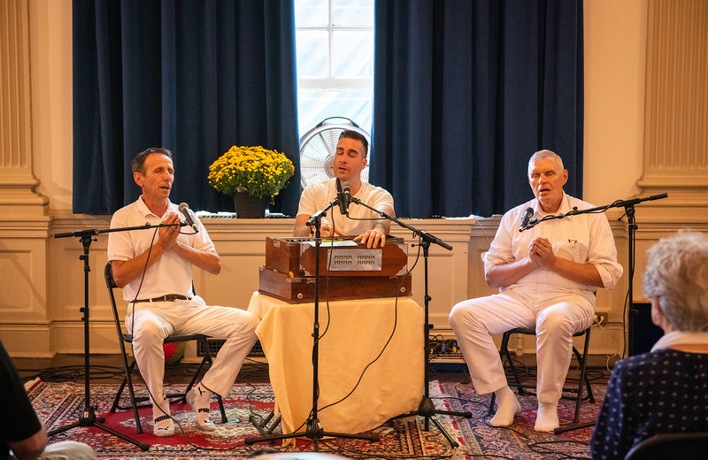 20190929_Lets Meditate Philly_38.jpg