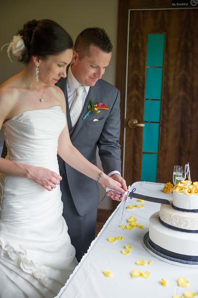 bap_schwarb-wedding_20140906152544_D3S1588
