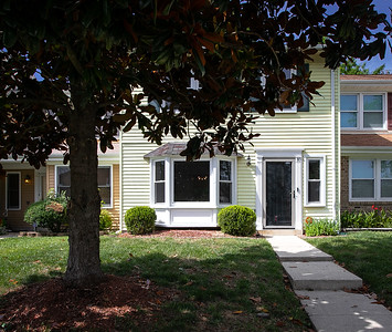 10 Meadow Place, Waldorf, MD