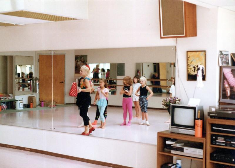 Dance_1054_a.jpg