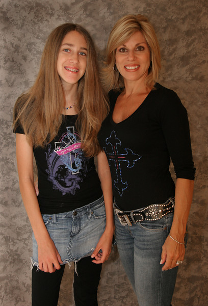 Mom & Daughter 024 copy.jpg