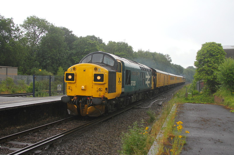 37025 Micheldever 10/06/20 153 Eastleigh to Eastleigh with 37116 on the rear