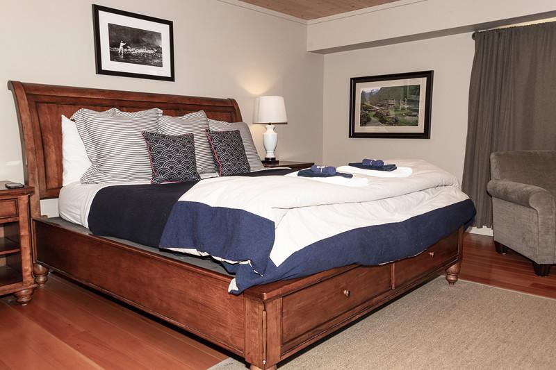 Bedroom_8502122.jpg