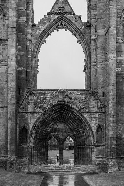 20190508 Elgin Cathedral 001.jpg
