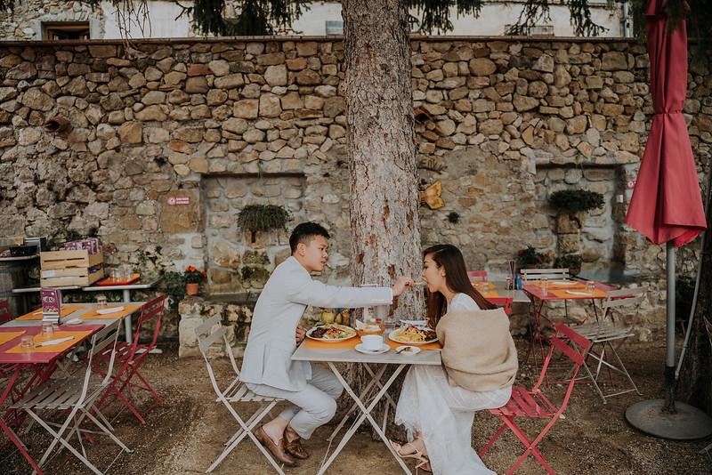 Tu-Nguyen-Destination-Wedding-Photographer-Rougon-South-of-France-Videographer-Ryan-Sophia-204.jpg