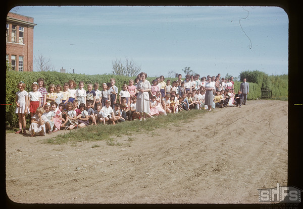 Aneroid school - all classes. Aneroid. 06/12/1953