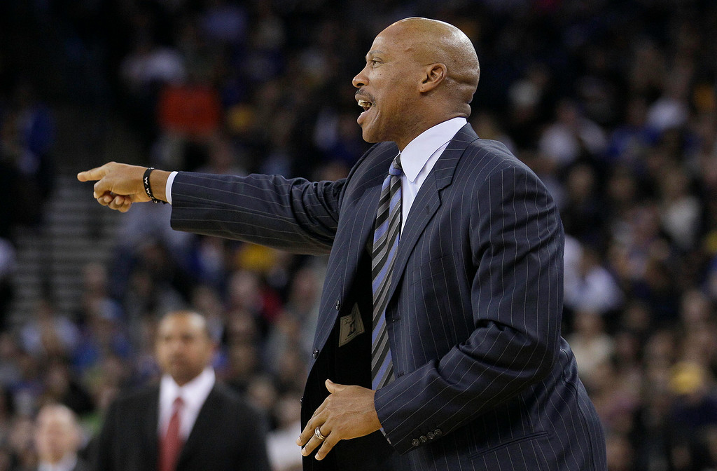 . Cleveland Cavaliers head coach Byron Scott points during the second quarter of an NBA basketball game against the Golden State Warriors in Oakland, Calif., Wednesday, Nov. 7, 2012. The Warriors won 106-96. (AP Photo/Jeff Chiu)