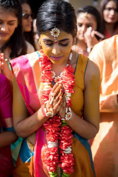 Hina_Pithi_Pooja-334.jpg