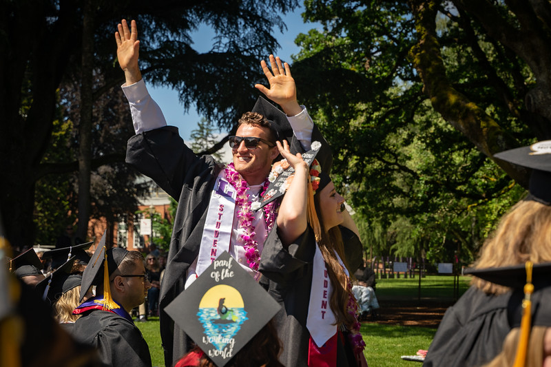 1905_26_graduation_pickhardt-05188.jpg