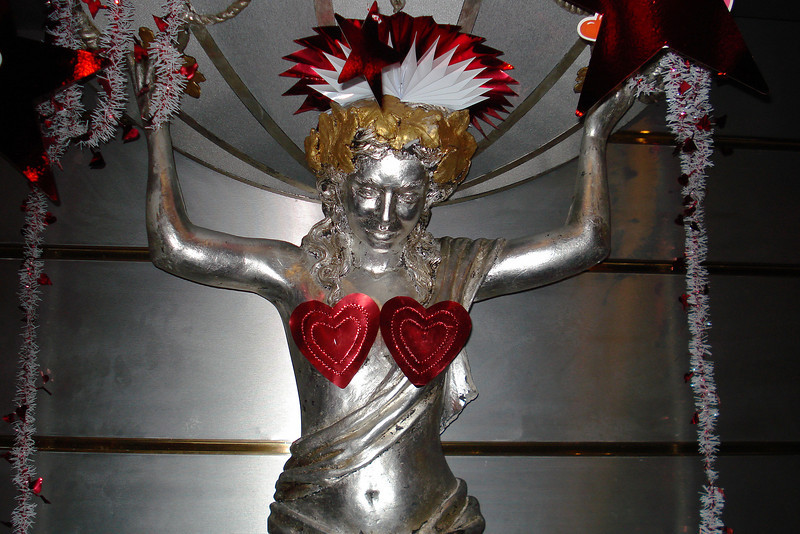 Valentine Decorations 4.jpg