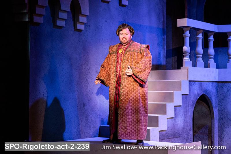 SPO-Rigoletto-act-2-239.jpg