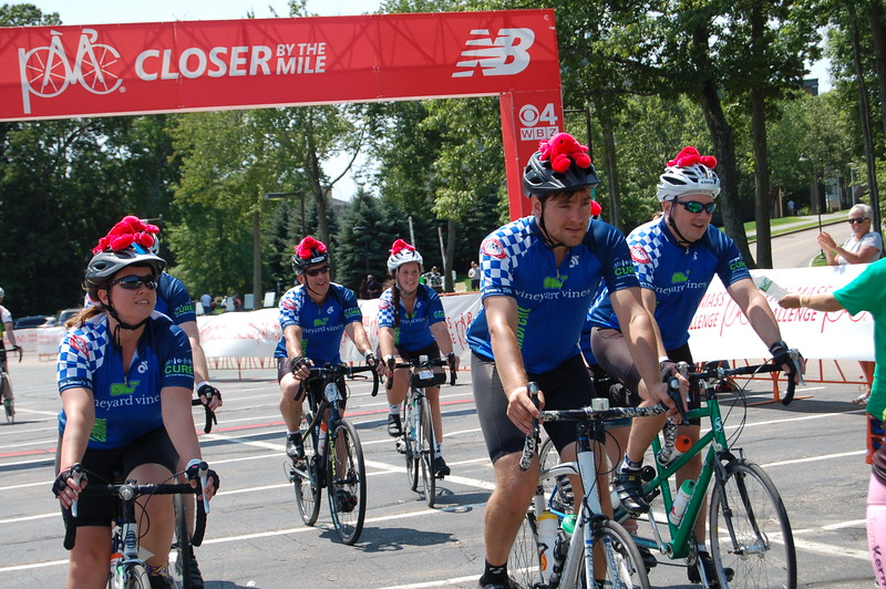 Sun-Wellesley-Riders-Finish15-CK0101.jpg