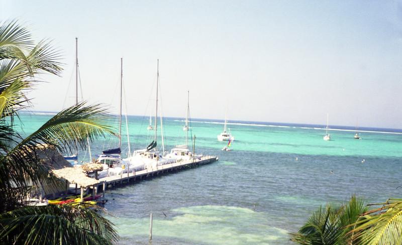 Belize 03-2003018.jpg
