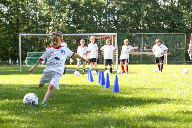hsv_fussballschule-277_48047994198_o.jpg