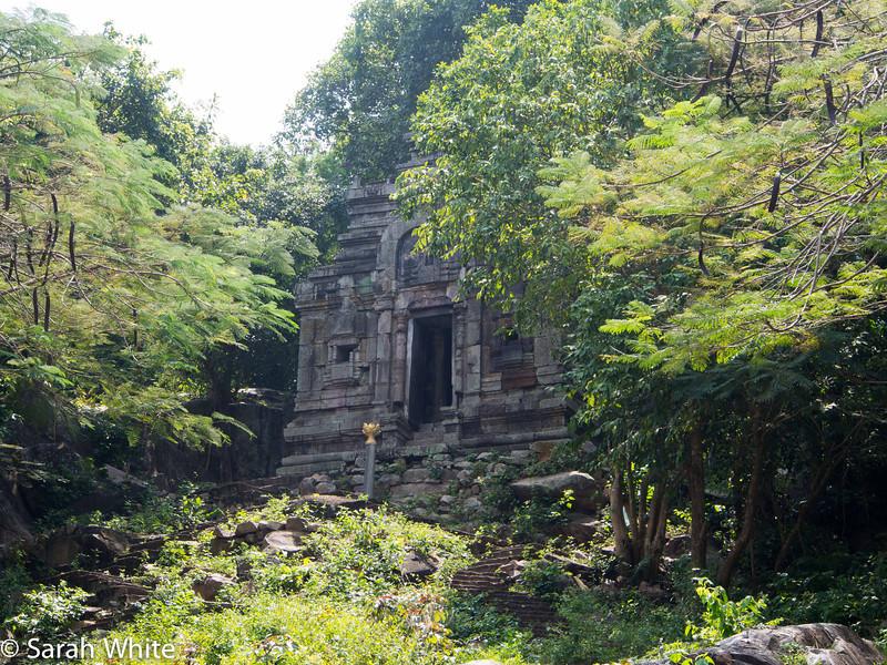 131104_PhnomDa_712.jpg