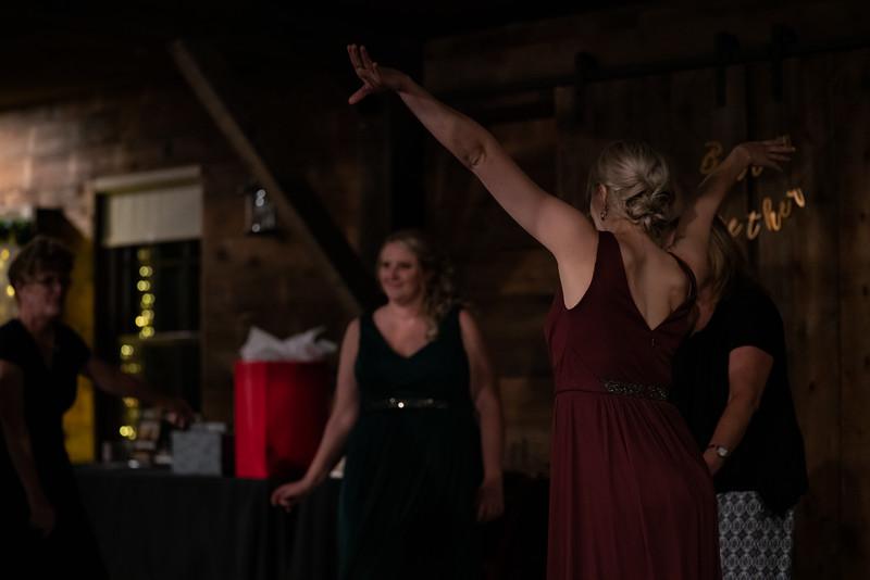 rustic_ohio__fall_barn_wedding-429.jpg