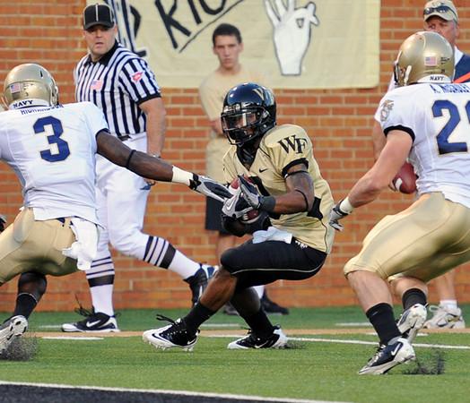 Devon Brown catch 01.jpg