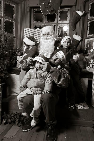 Santa Day1-413.jpg