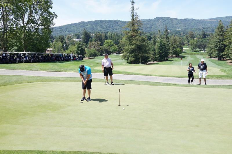 Momentum Golf Benefit-171.jpg