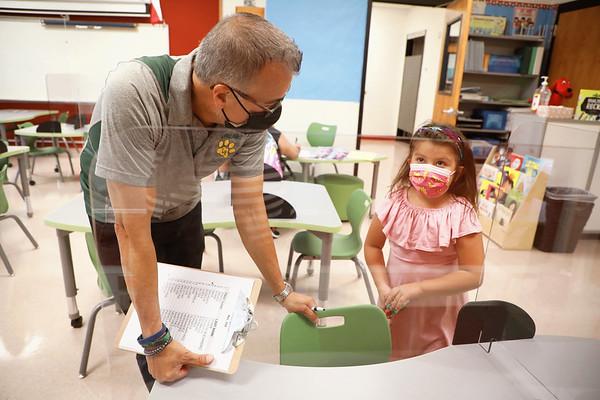 Meet the Teacher / Las Palmas Leadership School for Girls