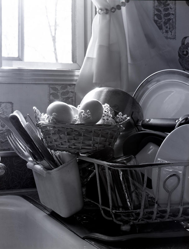 eggs in basket and clean dishes.jpg