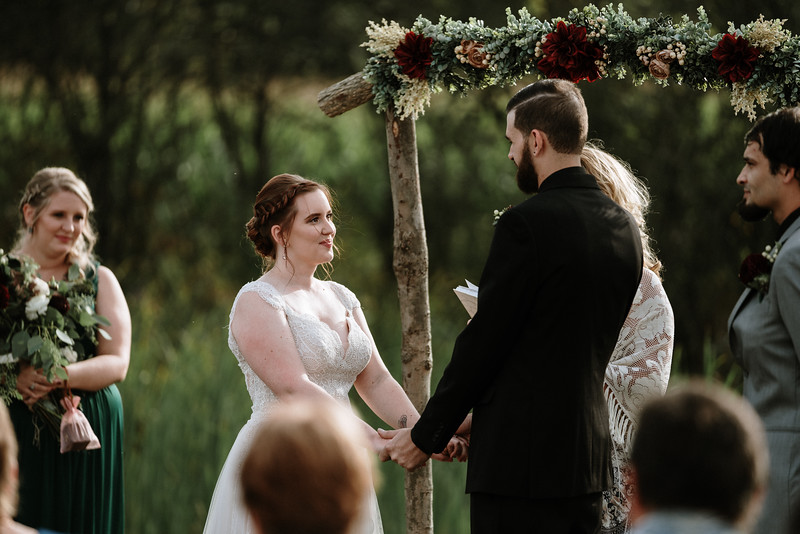 rustic_ohio__fall_barn_wedding-216.jpg
