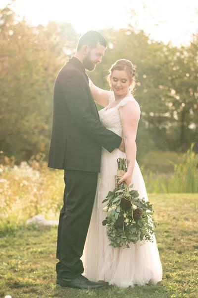 rustic_ohio__fall_barn_wedding-332.jpg