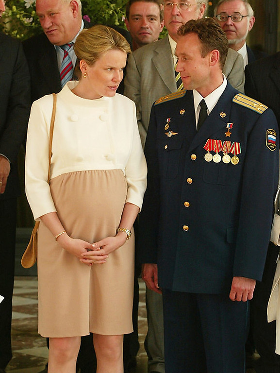 . Eight months pregnant Princess Mathilde of Belgium talks to Russian Commander Serguey Zaletin on July 1, 2003 at the Royal Palace in Brussels, Belgium.  The Belgian Kingdom received the astronauts of the Odissea Mission in presence of Commander Serguey Zaletin and Colonel Frank De Winne.  (Photo by Mark Renders/Getty Images)