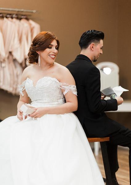 Alexandria Vail Photography Wedgewood Fresno Wedding Alexis   Dezmen249.jpg