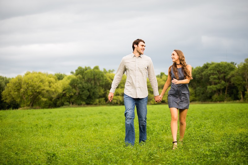 009 engagement photographer couple love sioux falls sd photography.jpg