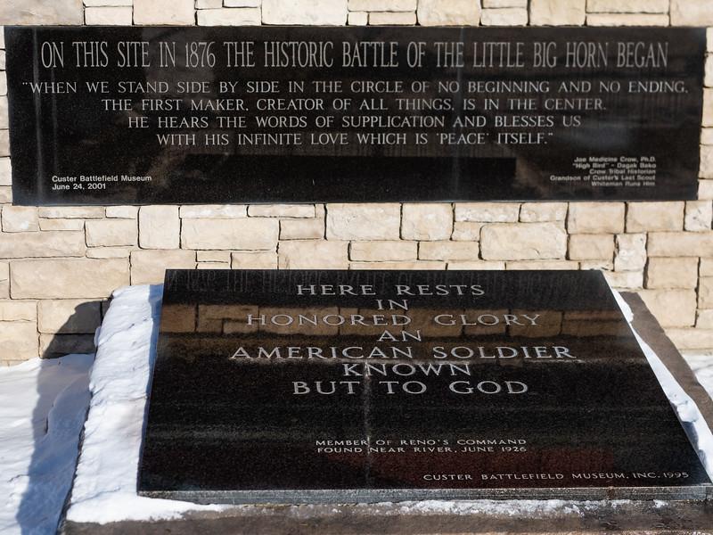 Black memorial marker at Custer Battlefield Museum