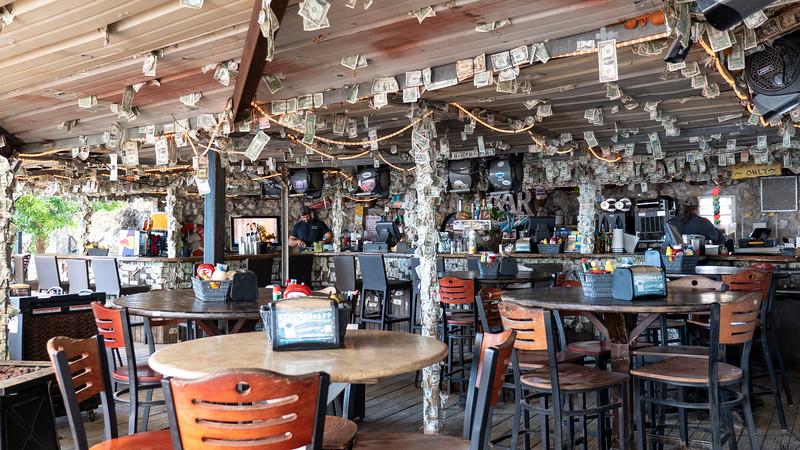 Florida-Keys-Islamorada-Robbies-Marina-Hungry-Tarpon-05.jpg