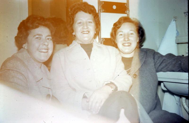 1960-2-11 (1) Yours Truly, Mavis, Mary in my cabin on the Himalaya.JPG
