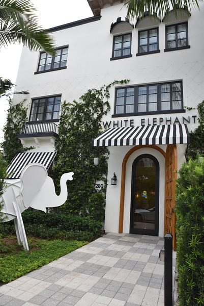 Nov 5, 2020 White Elephant Hotel and Lola's Restaurant