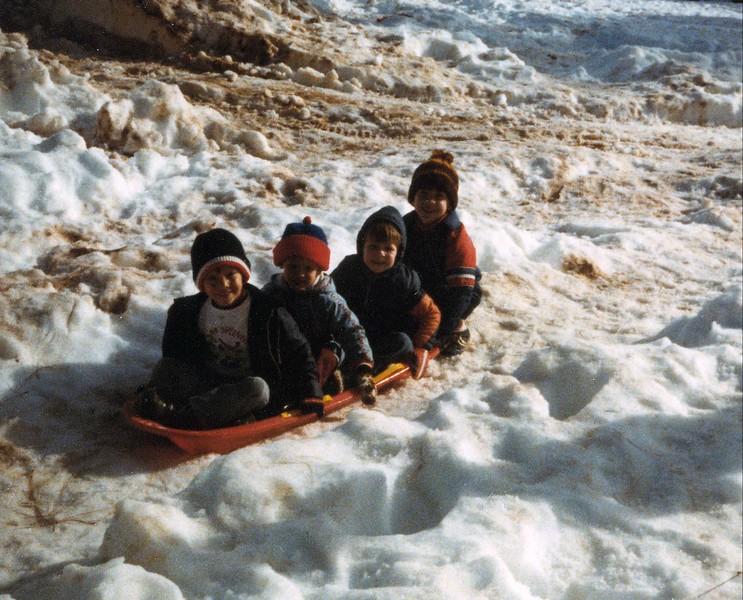 kids_in_snow.jpg