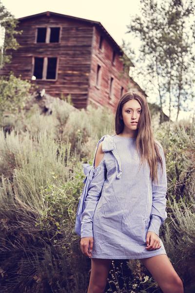 Bluedress-06.jpg