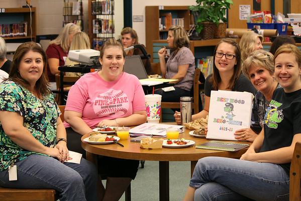 Summer Reading Photo  Contest Breakfast