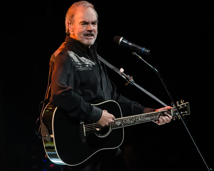 NEIL DIAMOND AT THE WELLS FARGO CENTER